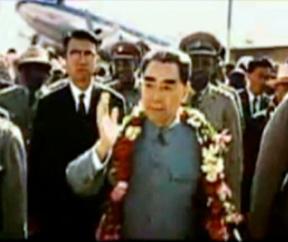 Zhou-Enlai-Arrival-Bandung-color